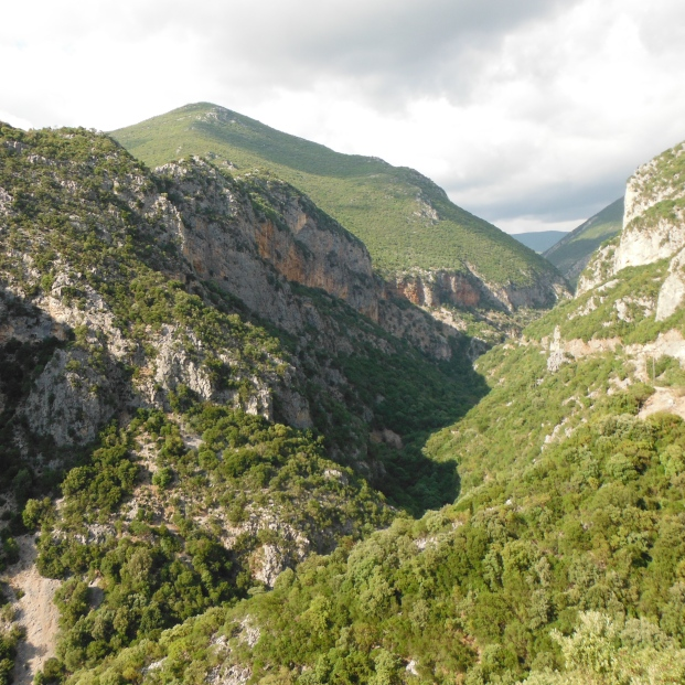 Mountain gorge on the way to Mystras